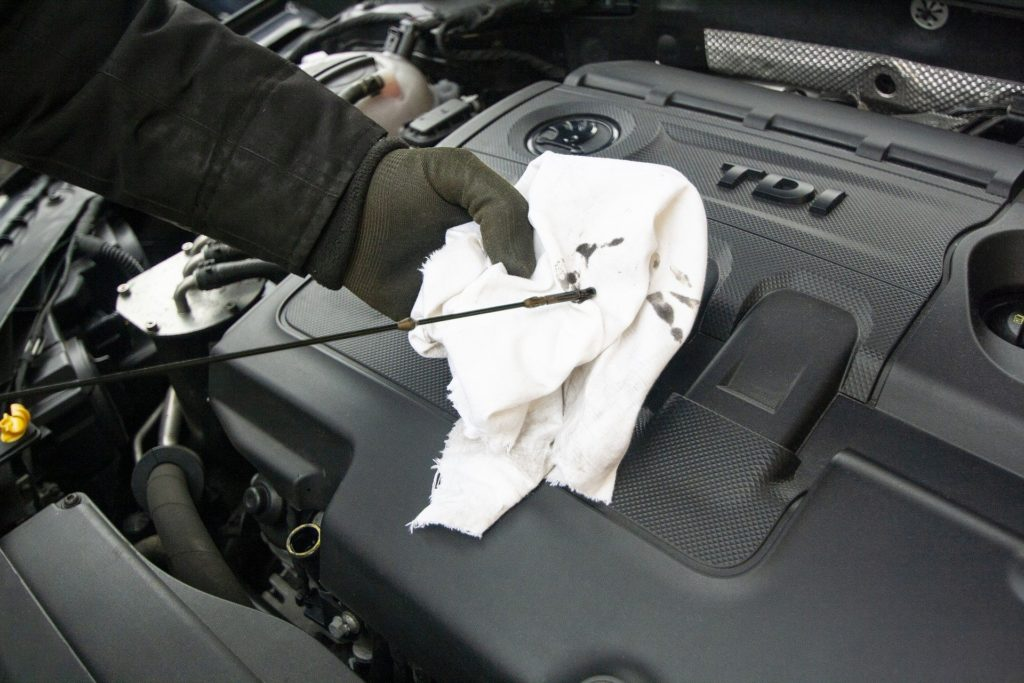 oil change | Wow Tire and Auto Repair